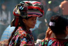 Kvinnor på Chichicastenango marknad, Guatemala