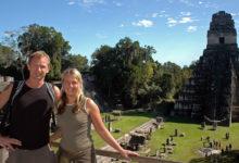 Lasse & Anki vid Templo 2, Tikal