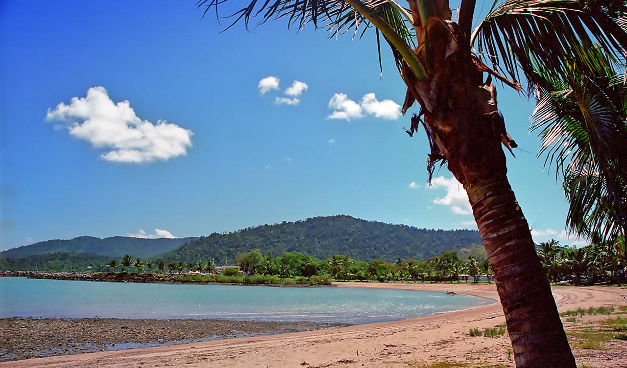 Airlie Beach Strand