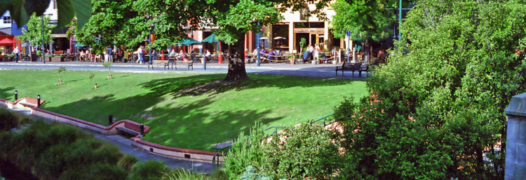 Park vid Oxford Terrace i Christchurch