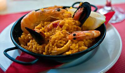 Paella serverat på Restaurang Aguilar i Estepona