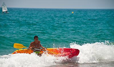 Lek i vattnet, Sabinillas strand