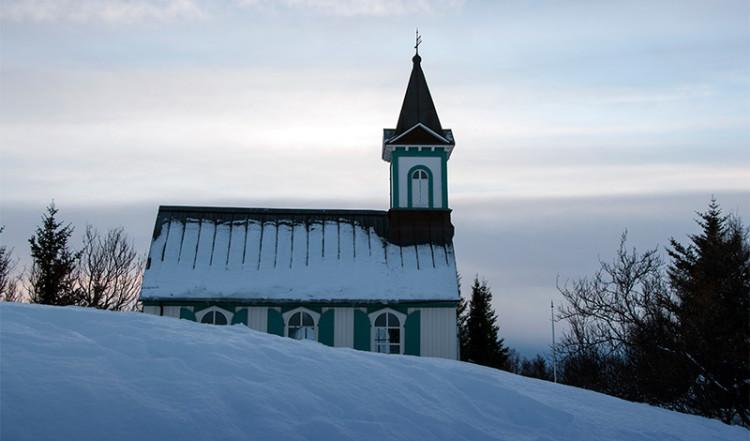 Þingvellir kyrka, Tingvalla Island