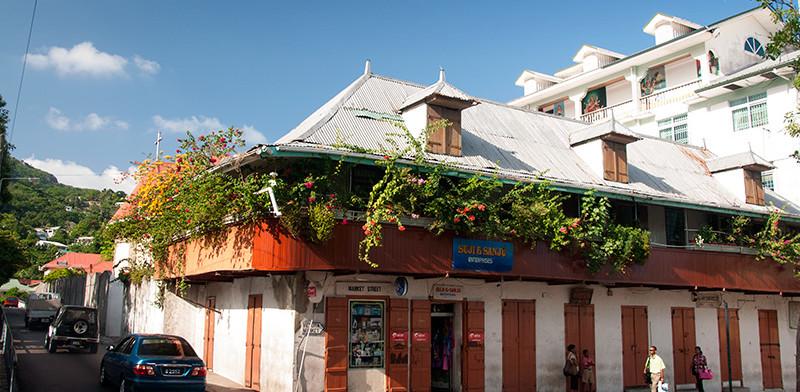 Hus i hörnet av Market Street i centrala Victoria, Seychelles