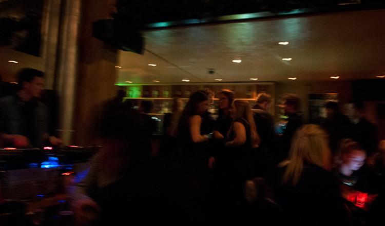 En DJ gör drar igång, Vegamot Bistro & Bar, Reykjavik