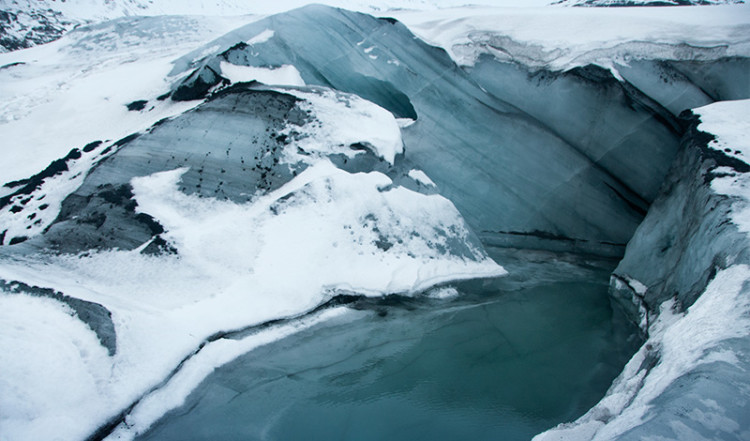 Glaciärsjö Sólheimajökull, Island