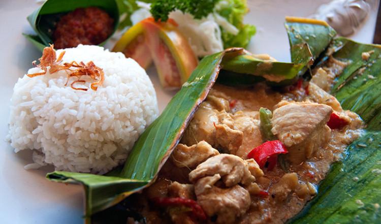 Indonesisk kyckling rätt, Jegeg Restaurant Sanur