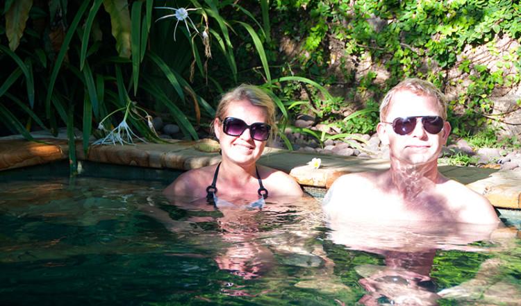 Anki och Lasse i poolen, kàMAYA Sanur Bali
