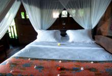 Blommor på sängen, Padi House, Bambu Indah Ubud