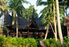 Huvudbyggnaden på Bambu Indah, Ubud Bali