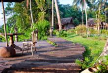 Omgivningarna sett från utsiktsplatsen på Bambu Indah, Ubud Bali