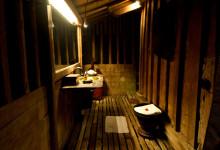 Badrum i Padi House sett från duschen, Bambu Indah Ubud