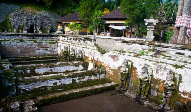Badtemplet vid Goa Gajah, Elefant grottan i Ubud, Bali