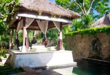 Anki och Lasse tar frukost på Arma Resort Hotel, Ubud