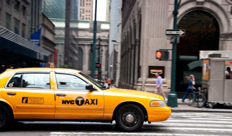 NYC Cab, Taxi bil på 5th Avenue