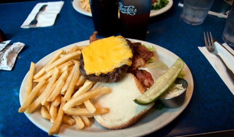 Cheeseburger Skylight Diner, New York
