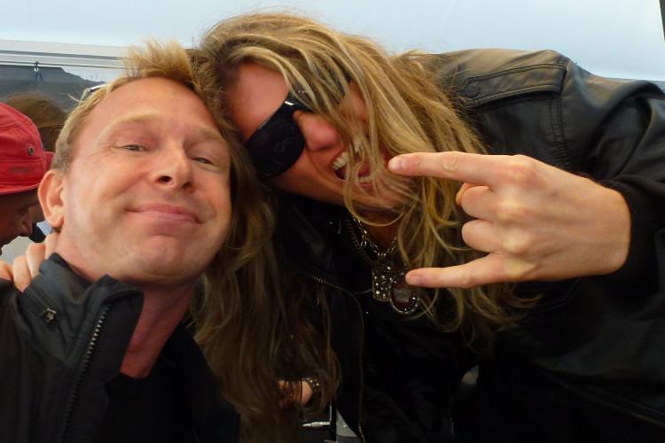 Lasse och Joel Hoekstra, Gitarrist i Rock of Ages på Sweden Rock 2012