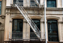 Balkong och brandstege i SoHo, New York