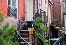 Trappa upp i bostadshus i West Village, New York City