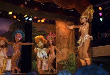 Skaka loss karnevalstämingen på Plataforma Sambashow, Rio de Janeiro