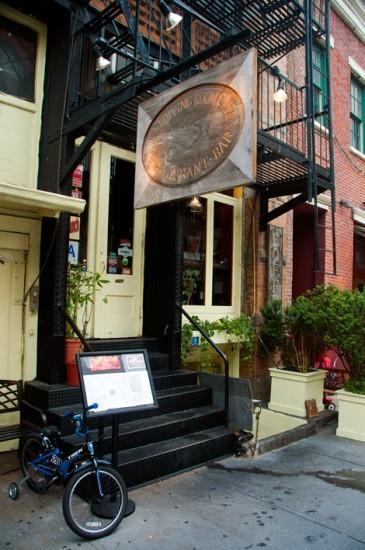 Entré The Cupping Room Café, SoHo New York