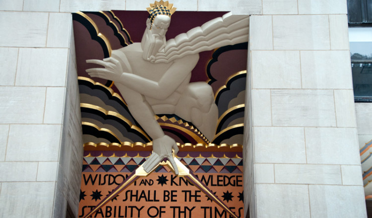 Frisen av Lee Lawrie på GE building vid Rockefeller Center, New York