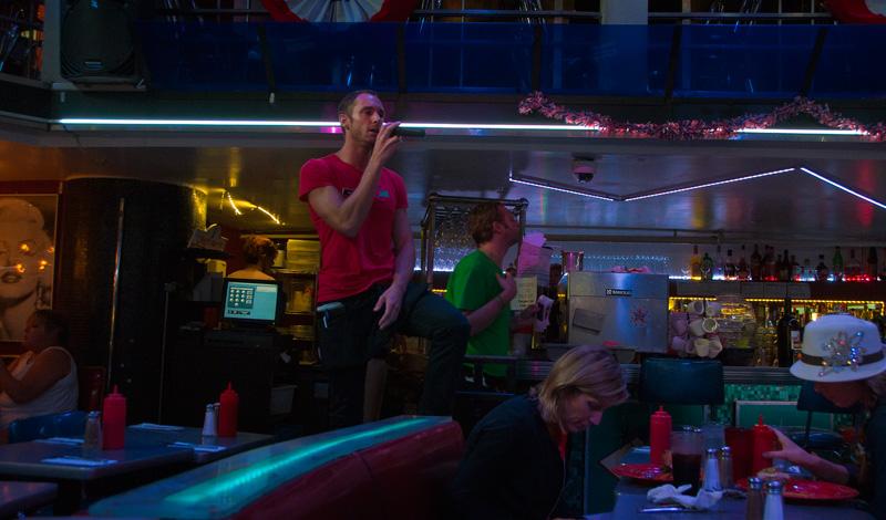 Ellen S Stardust Diner Midtown Resa Tips Video Foto