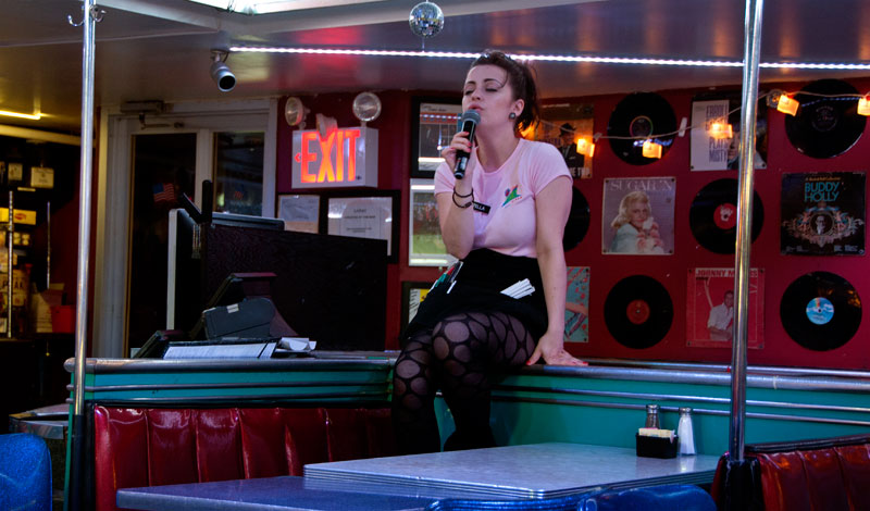 Ellen S Stardust Diner Midtown Resa Tips Video Foto