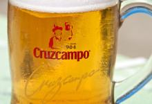 En kall och god Cruzcampo