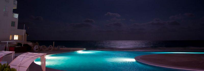 Måne över poolen, Bel Air Collection Hotel, Cancun Mexiko