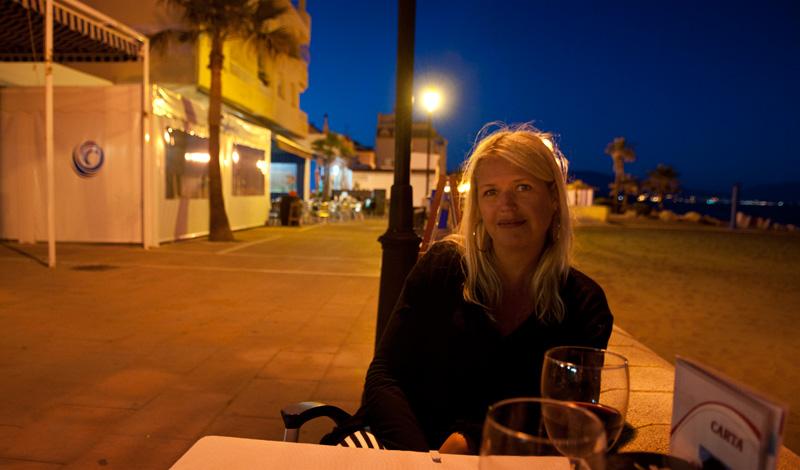Anki på Bar Los Ibericos restaurang Sabinillas