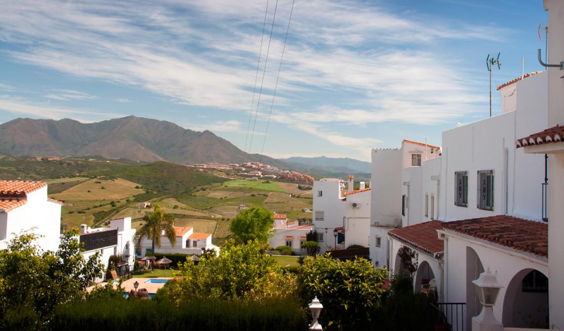 Vacker vy över omgivningarna från Monte Viñas urbanisation