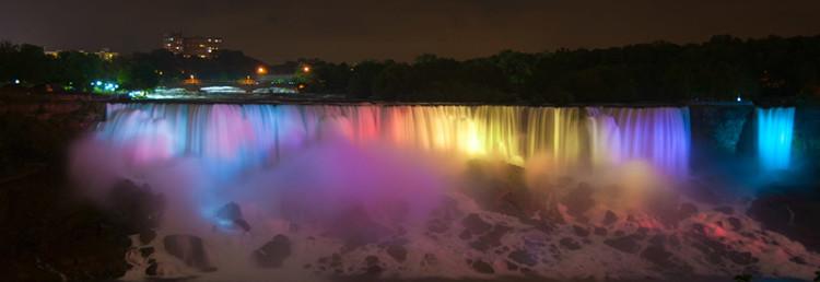 American Falls lightshow, Niagara Falls