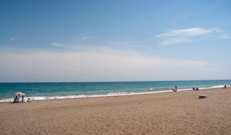 Sabinillas långa strand, Spanien