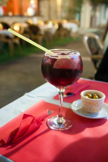 Tinto Verano och Oliver på Aguilar Restaurant, Estepona
