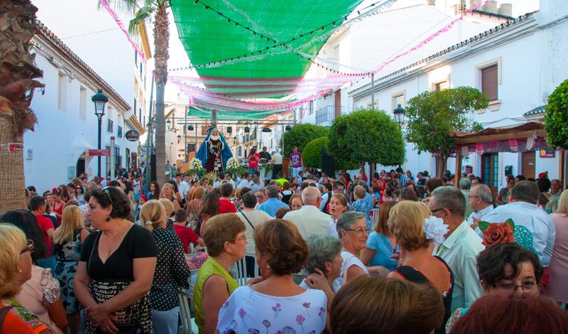 Mässa på Calle Mar, Manilva