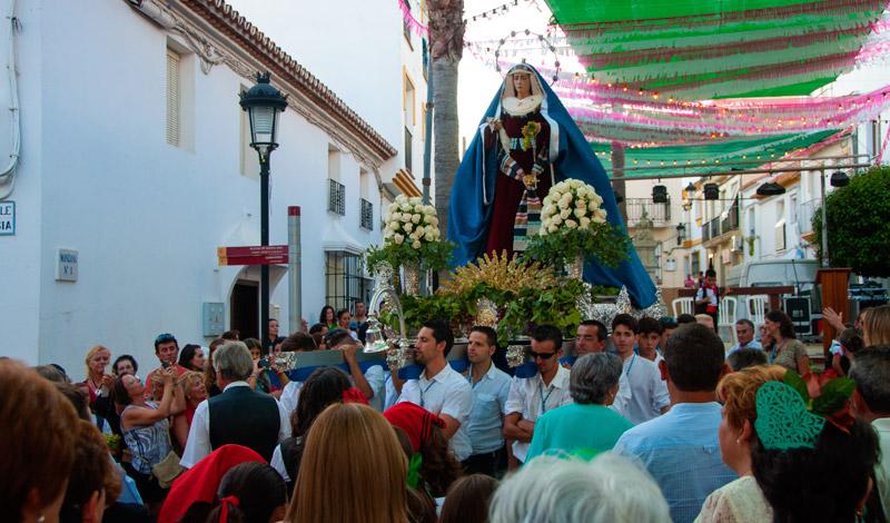 Processionen går från Calle Mar ner på Calle Iglesia