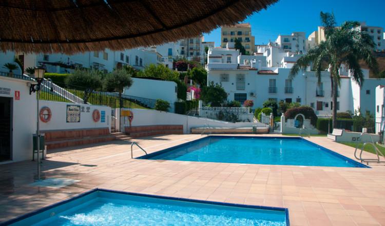 Pool i Monte Viñas, Manilva