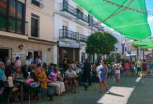 Fullsatt på Bar Castillo, Fiesta de la Vendimia, Manilva