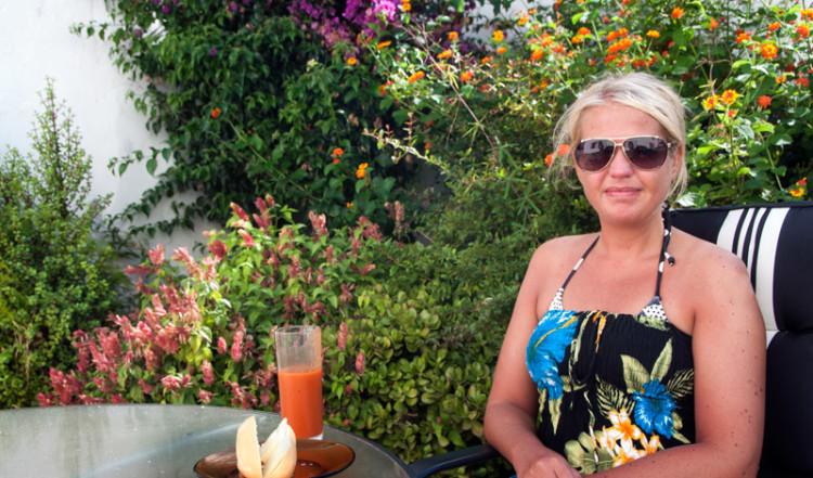 Lätt lunch i trädgården i Monte Viñas
