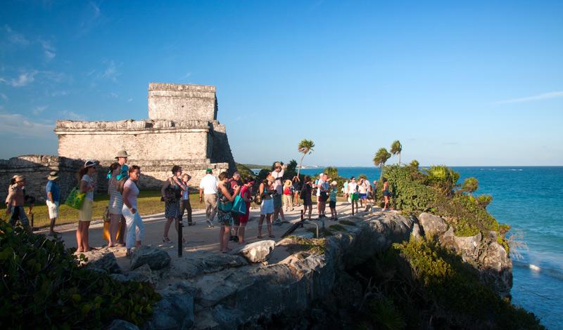 Välbesökt, men väl värt att besökas! Maya ruinerna i Tulum
