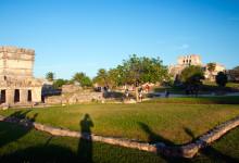 Sen eftermiddag vid Maya Ruinerna i Tulum