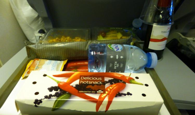 Snacks på KLMs flight innan landning på Curacao