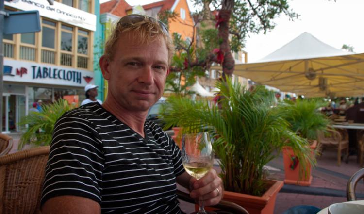 Lars på Iguana Café