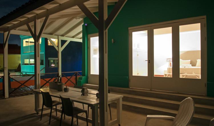 Terrass till Seaside Rendez-vous rummet, Bijblauw Hotel