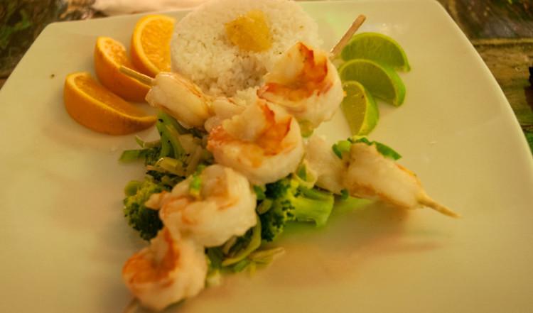Lime marinerade räkor med kokosnötsris, Ginger Restaurant, Willemstad