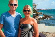 Anki och Lasse på terrasen till Rendez-vous rummets terass på Bijblauw Hotel, Willemstad, Curacao