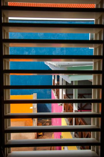 Utsikt från fönstret i Cozy Small rum på Bijblauw Hotel i Willemstad, Curacao