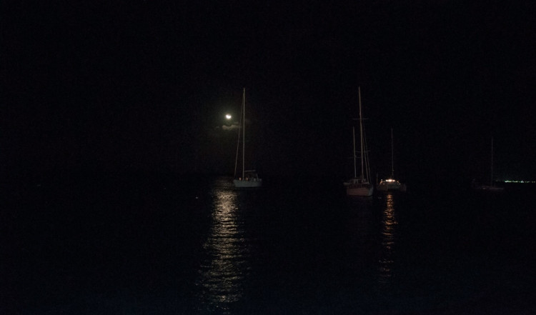 Månsken speglas i havet, Bonaire