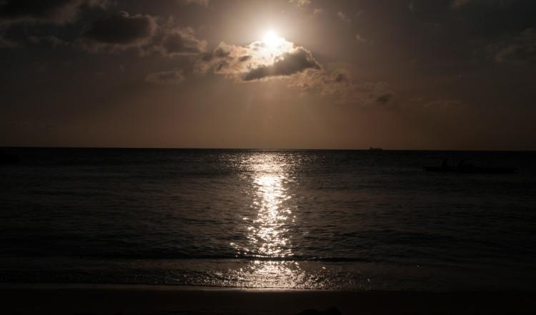 Solnedgång över Blue Bay Curaçao Golf & Beach Resort